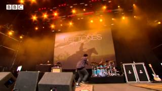 Deftones - My Own Summer (Shove It) at Reading Festival 2013