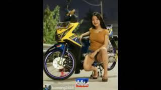 Model cewek motor beat