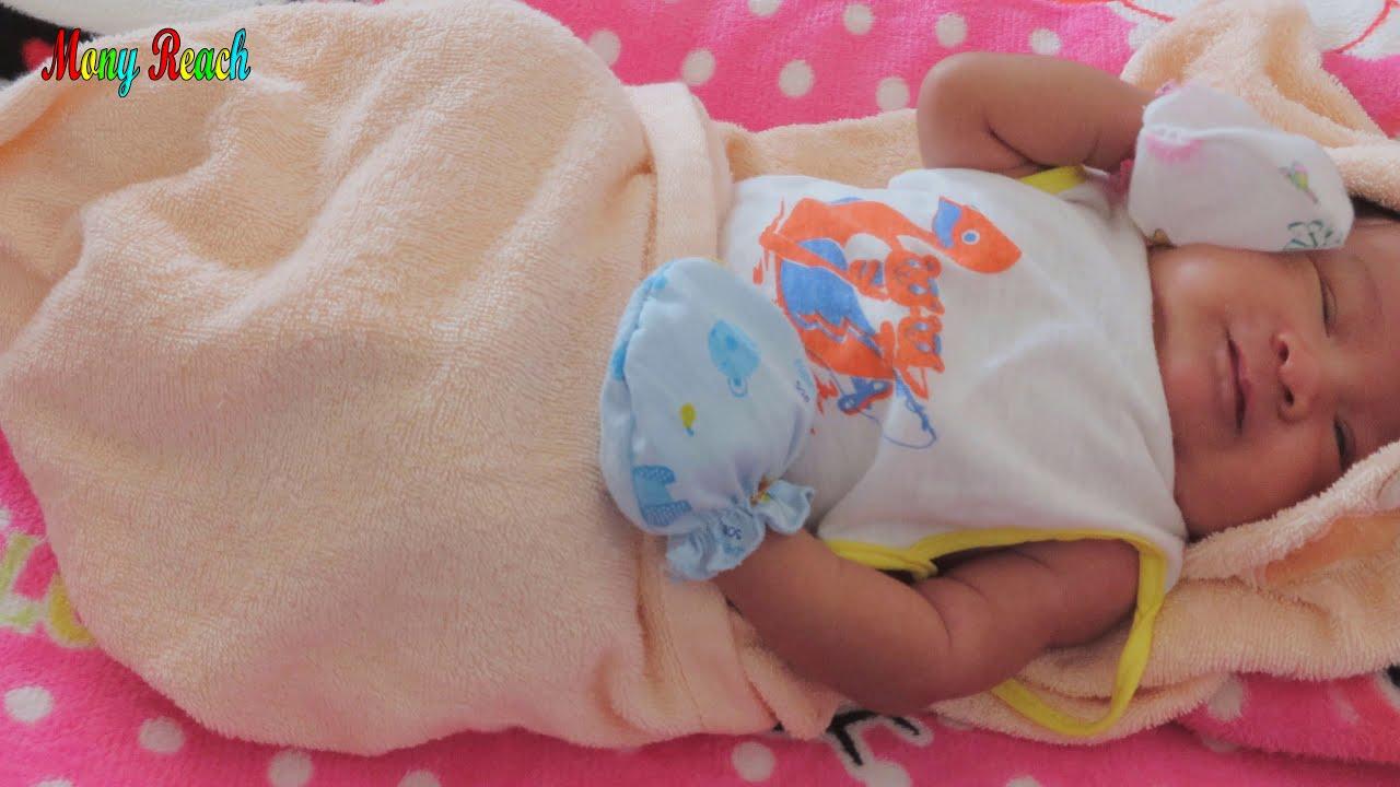 Mony Reach Cute Baby Video So lovely
