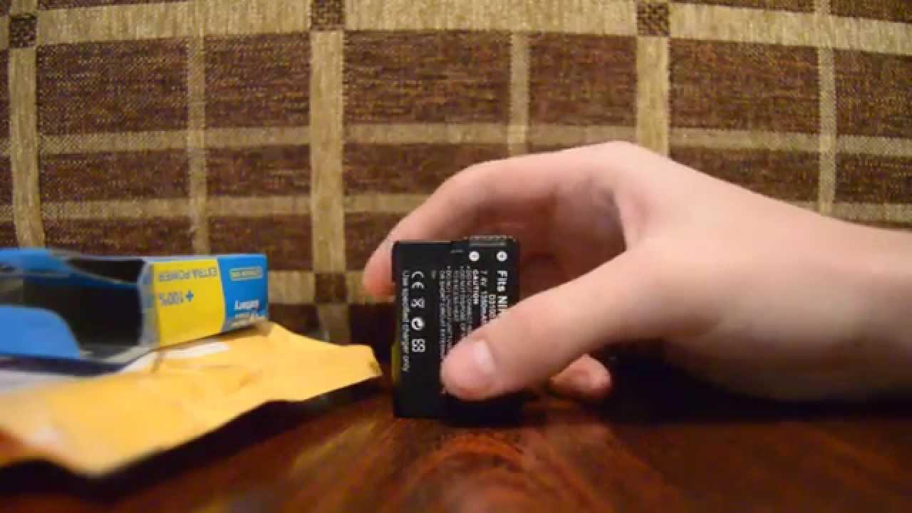 5 фев 2012. Вес камеры один из самых маленьких среди всех зеркалок у nikon. Nikon d3100 даже легче за nikon d40. Вес очень важен, например, когда фотографируешь в походе. Аккумулятор также хорошо держит заряд, и без вспышки отрабатывает порядка 1000 кадров. Nikon d3100 имеет много.
