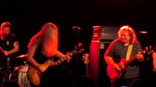 Joanne Shaw Taylor and Bernie Marsden -  Walking In The Shadow Of The Blues - Glasgow 2014
