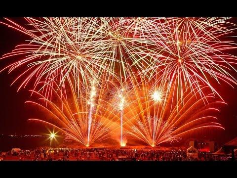 САМЫЙ КРАСИВЫЙ САЛЮТ В МИРЕ! ЛУЧШЕЕ огненное шоу! КРУТОЙ фейерверк в РОССИИ! Fireshow In RUSSIA!
