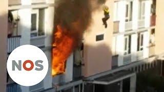 UTRECHT: Explosie in flat, agent valt naar beneden