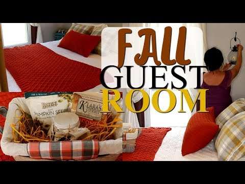 FALL DECORATE WITH ME 2019! FALL HOME DECORATING IDEAS FOR A COZY GUEST BEDROOM🍂