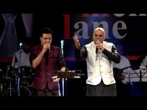 Shrirang Bhave Sings Hathon Ki Chand Lakeeron Ka