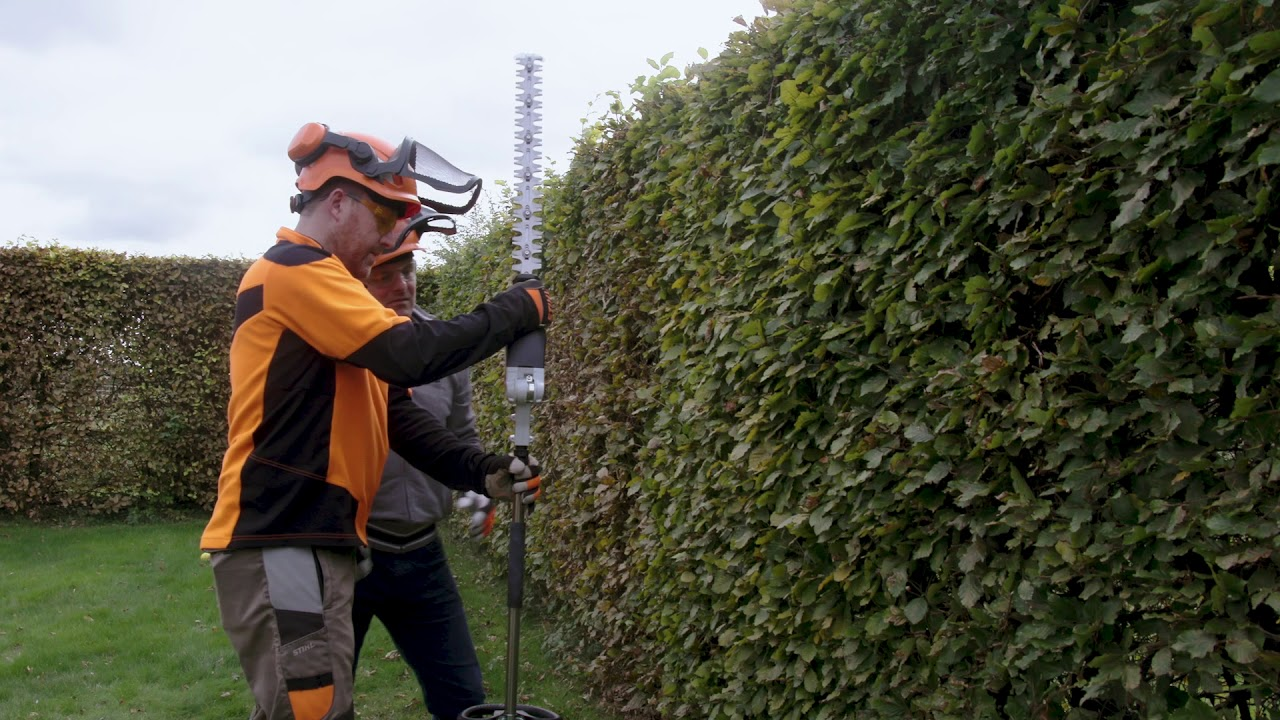 Using A Stihl Long Reach Hedge Trimmer With Chris Hollins Stihl Gb Youtube