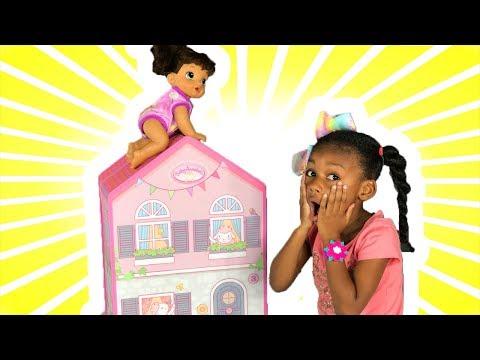 Doll Dollhouse !   Playset &  Doll    PlayToys Crib