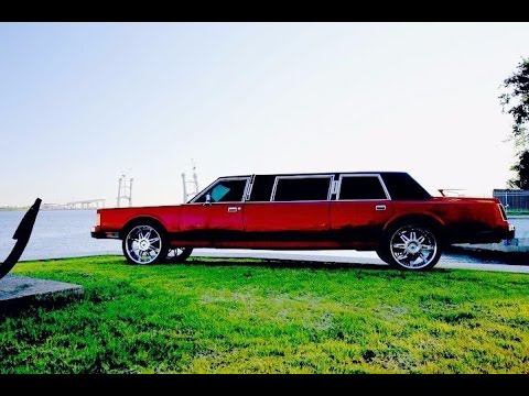 Американская классика Lincoln Town Car