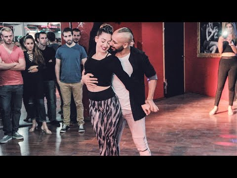 Motty And Gilat @Social Sensual bachata dance [Vuelve]