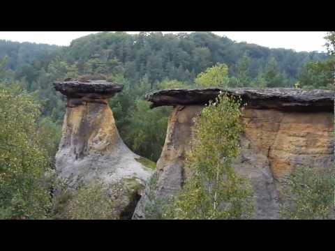 CHKO KOKOŘÍNSKO - skalní útvar POKLIČKY