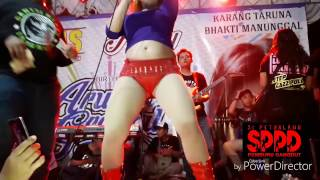 Download Video Dangdut Hot- Novi Ananda [HD] goyangan bugil beneran EDANN!!!! MP3 3GP MP4