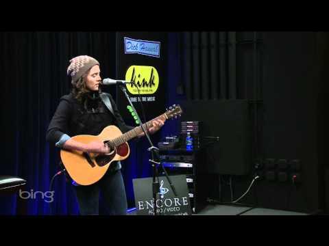Brandi Carlile - Looking Out (Bing Lounge)