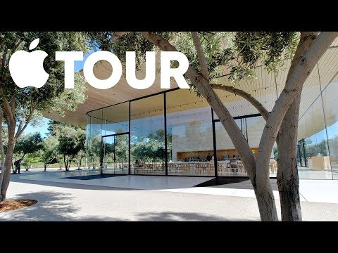 Visiting Apple's Campus In Cupertino!