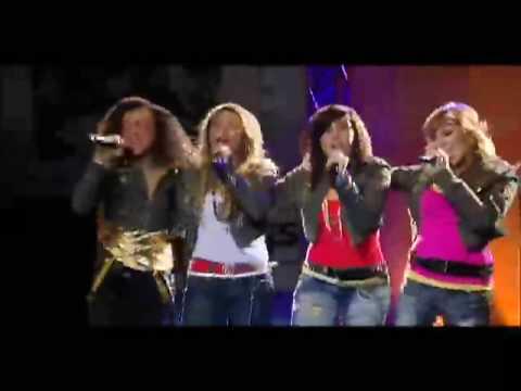 "Cymphonique & FabulousGirls Performing ""Butterflies"" LIVE in Concert at Six Flags"