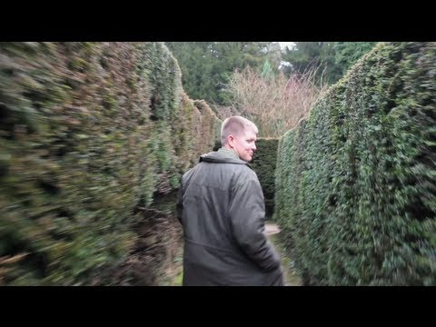 Harry Potter Hedge Maze in Real Life (with my Wife and Brady)