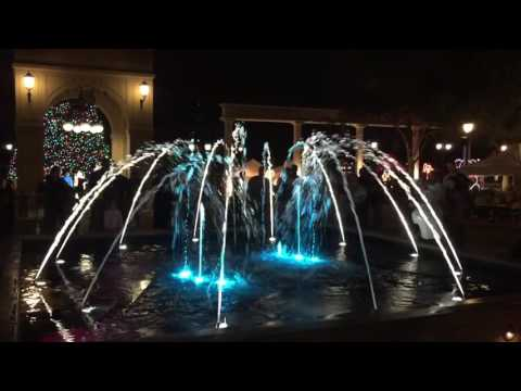 Christmas Fountain Light Show at Cranes Roost Park