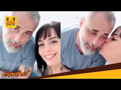 Desde la cama, Jorge Rial y Romina Pereiro aclararon versiones sobre su casamiento Todos los invit