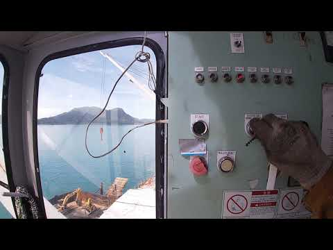 Ship's Crane Securing