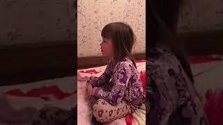 Моя дочка,звезда ютюба 31 миллион просмотров https://www.google.ru/search?q=это+не+я+это+бабайка&