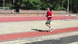 From heel- to forefoot strike with the Posemethod of running