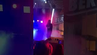 Carlas Dreams - Pe umerii tai slabi Live Beraria H