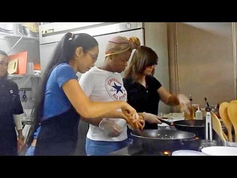 Dunedin Thai Restaurant Fried Rice Cooking Class Part1