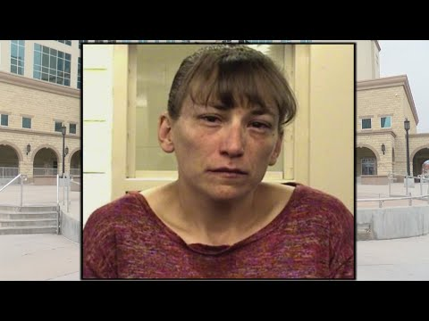 Woman arrested, accused of bringing loaded gun into Bernalillo County courthouse