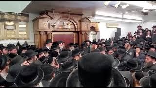 Satmar Rebbe R' Aharon Maspid The Karlsburg Rov R' Yechzkel Roth Zt