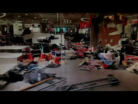 Protesters in South Africa ransacked H&M stores...
