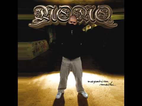 Momo - Nepatrím medzi... (2008)