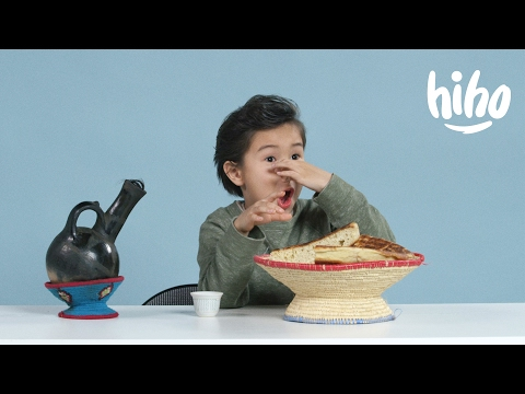 American Kids Try Ethiopian Food | Kids Try | HiHo Kids