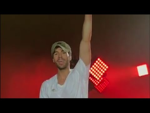 Enrique Iglesias performing in Poland 17. 05. 17