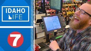 Idaho Life: Albertson's worker brings cheer to the checkout line