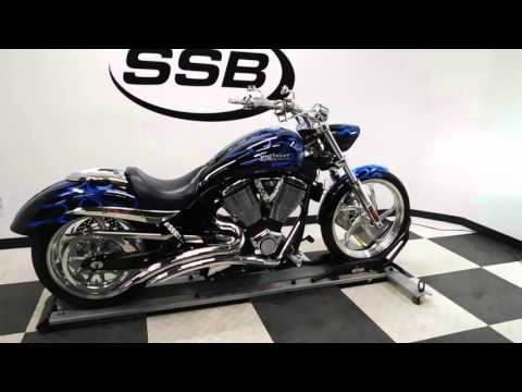 2007 Victory Jackpot Premium Blue - used motorcycle for sale - Eden Prairie, MN