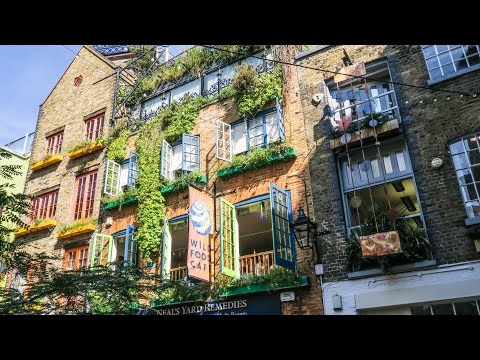 London Travel and Food. Searching for Spanish Ham and Good Cheese Through Neal's Yard Road