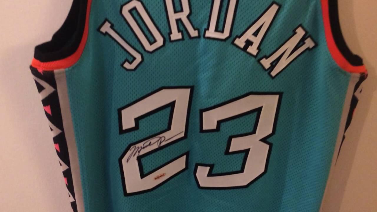 finest selection d4994 2bf19 1996 Michael Jordan All Star Game Pro Cut Jersey, w/autograph!