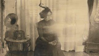 Strange Lady (found photos 1919) - Interactive Short Horror Film