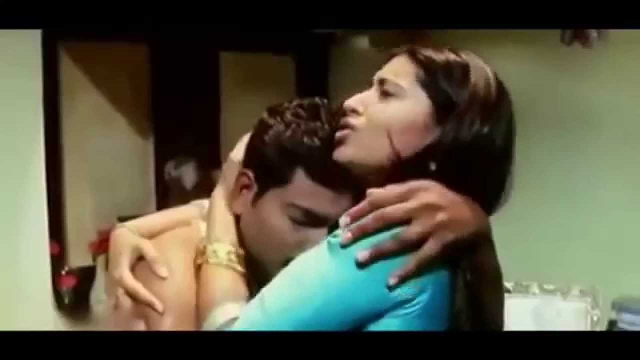 Sneha Hot Romance In Tamil Movie - Youtube-6928