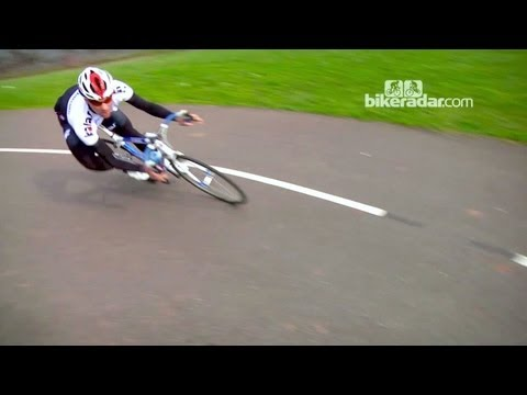 How to corner a road bike