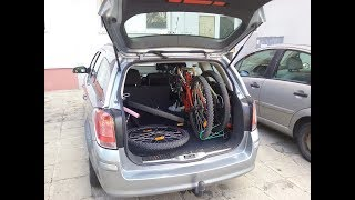 Two bicycle in a station wagon and 3 free seats?  (Opel Astra H Caravan)