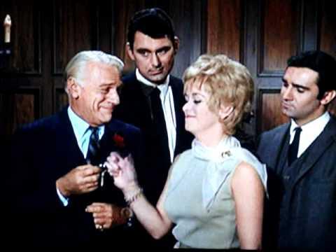 """Nice Lady """" KAOS """" Agent 1 / 3  """" Get Smart """" 1966"""
