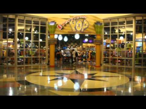 Walt Disney Word Pop Century Resort Full Room Walk Thru