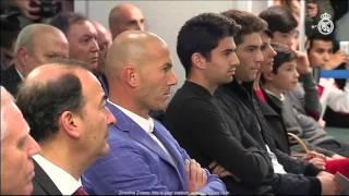 Florentino Pérez presents Zinedine Zidane as the new Real Madrid coach
