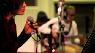 GIGI - Meja Ini (Official Music Video) Live At Abbey Road Studio