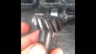 Почему стирается шестерня привода трамблера и маслонасоса на ВАЗ классика