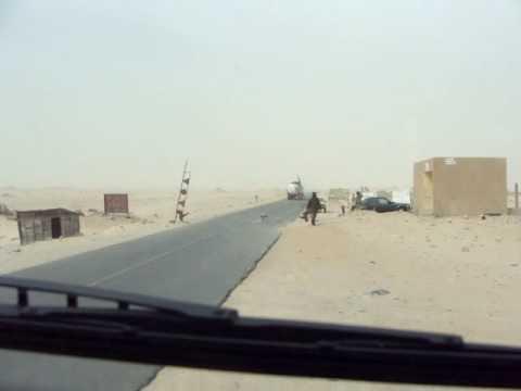 Transportes Dito saliendo de Nouakchott Capital de Mauritania