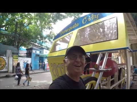Bud Brown in Dumaguete - World's largest tricycle?