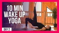 10 min WAKE UP Full Body Yoga Stretch – Day #2 (MORNING YOGA STRETCHES)