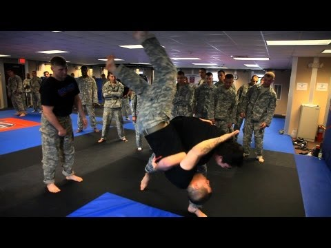 Inside the Army's 82nd Airborne Division: Hand-to-Hand Combat Training