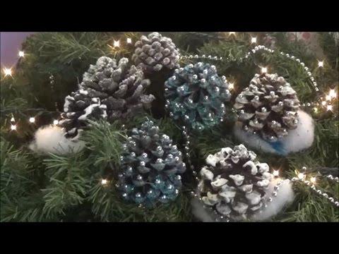 DIY pine cone Christmas ornaments 2/Φτιάχνω Χριστουγεννιάτικα στολίδια από κουκουνάρια 2